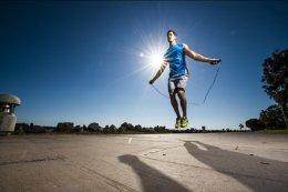 什么运动比较简单?适合懒人的运动方法不去健身房也能瘦下来