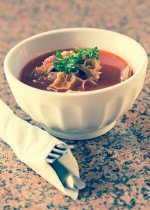 滋补月子餐——墨鱼炖猪肚