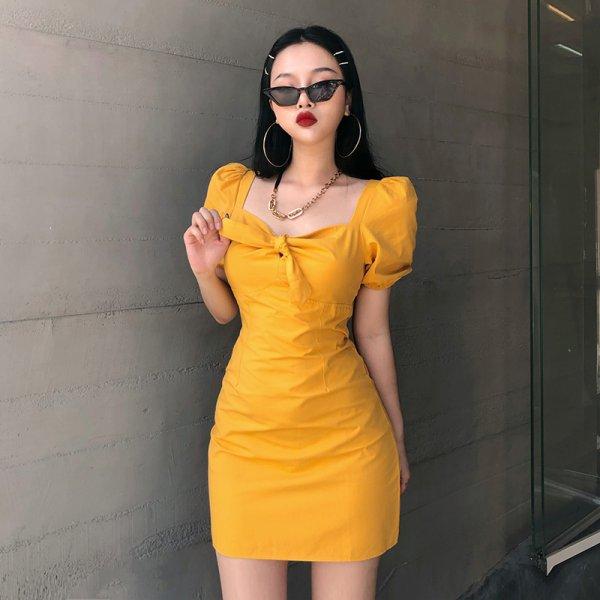 鹅黄色适合黄皮肤吗