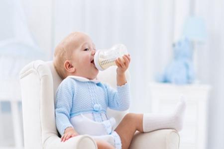 牛奶和奶粉哪个更有营养?❓❓