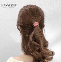又简单又漂亮的头发怎么扎 教你怎么扎头发