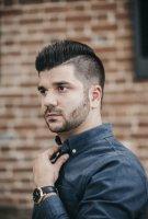 2021年男士流行发型 男生发型两边打薄和掏空区别