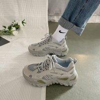 运动鞋网面脏了怎么洗 运动鞋网面发黄怎么办