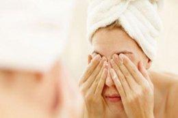 秋季护肤指南方法 有效护理养成干净少女脸