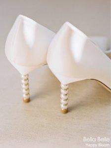 2021新款不会过时的珍珠跟缎面婚鞋