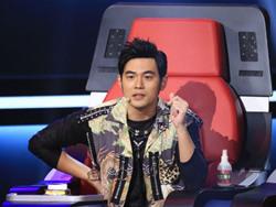 中国新歌声3海选评委diss周杰伦 称周杰伦歌曲没有营养