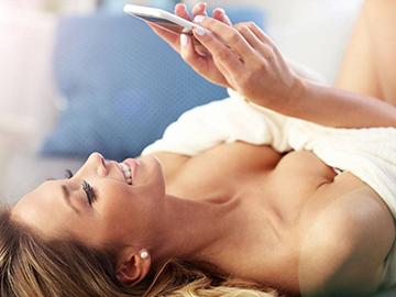 女人胸部外扩怎么改善 怎样判断胸部是否外扩