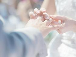 女人找男人结婚的目的是什么 女人结婚有什么好处?