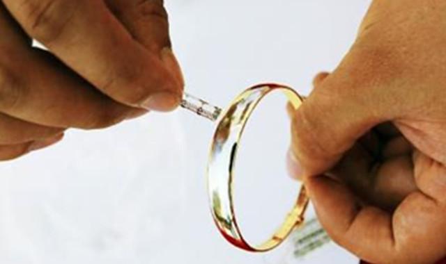黄金清洗小妙招 五个方法让你的金饰焕然一新