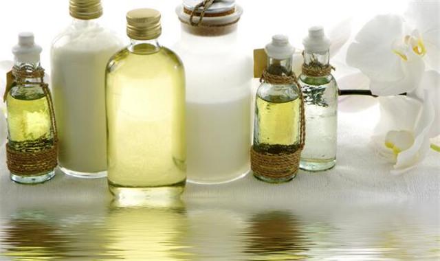 艾草精油的功效有哪些 这几种你了解吗