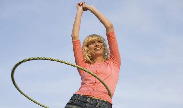 转呼啦圈能够减腰部的肥肉吗 你需要了解这些