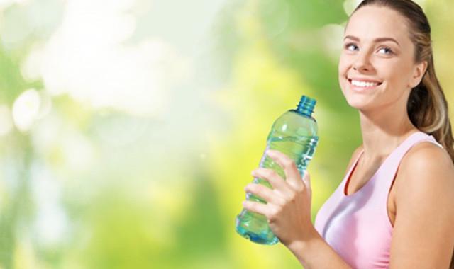 跑完步喝水等于白跑 真是这回事吗