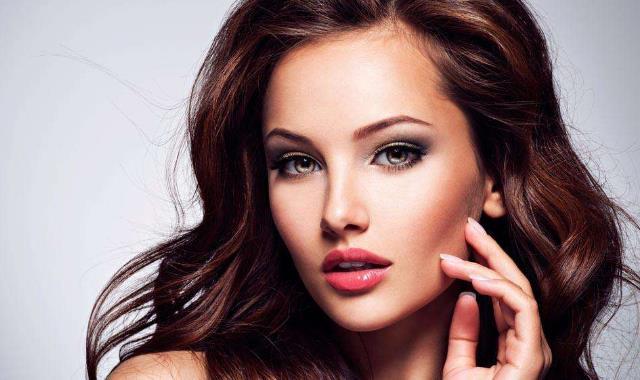 女子用蛋清洗脸三年发生了什么 了解这些对你有帮助