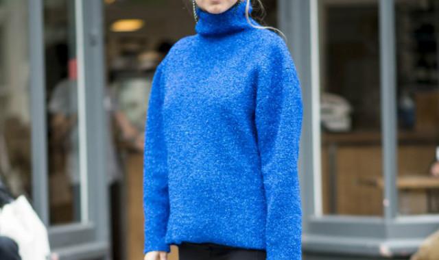 藏蓝色毛衣配什么颜色外套 几个妙招轻松回到18岁