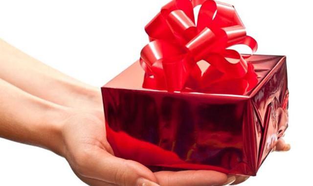 表白一般送什么对比好 这两种礼物让你攻克心爱的她