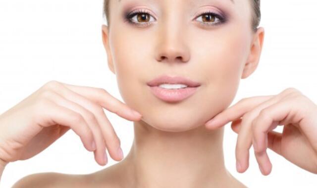 皮肤粗糙毛孔粗有痘印 原因是什么