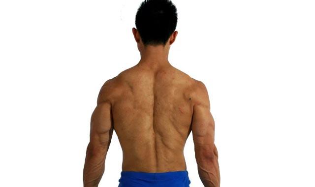 男人背后有腰窝代表什么 说明肾虚吗