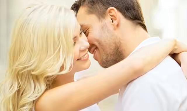 一个男人喜欢逗一个女人说明什么 带你了解他们的内心