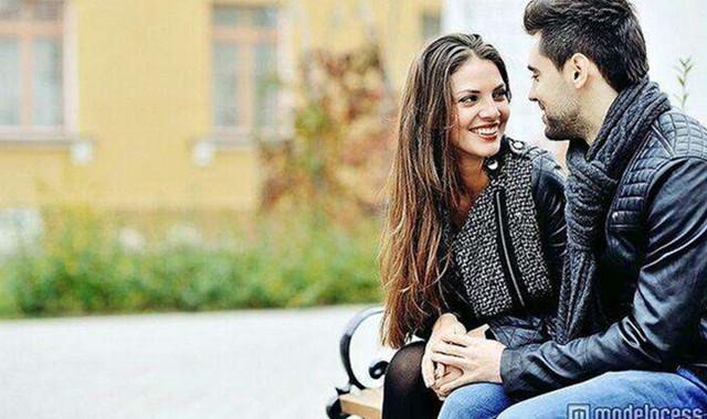 男生摸女生的鼻子代表什么 3种意思要注意