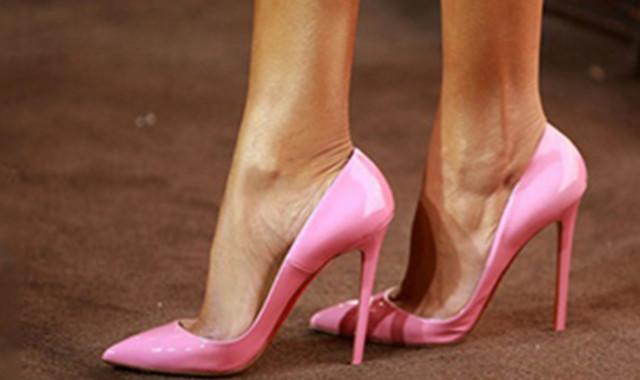 鞋子磨脚怎么办 这些实用小技巧你知道吗