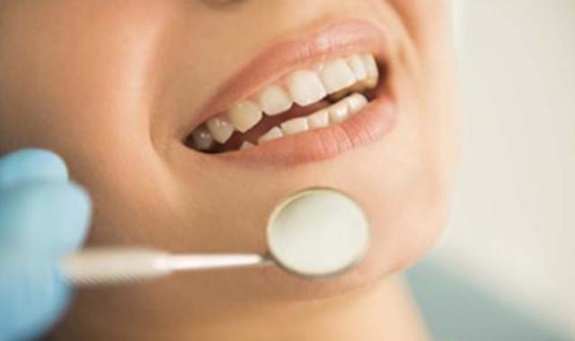 牙根外露还能恢复吗 四种补救措施要知道