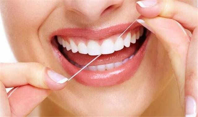 牙线使用方法 具体还需要注意哪些事项