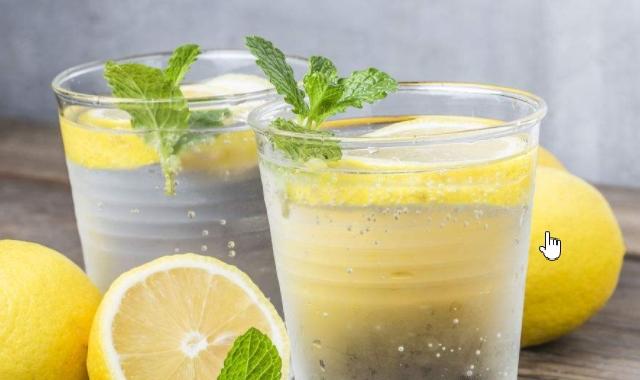 蜂蜜柠檬汁能够减肥吗 两个减肥神器的结合