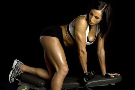 女性丰胸方法千千万万 运动丰胸简单又有效