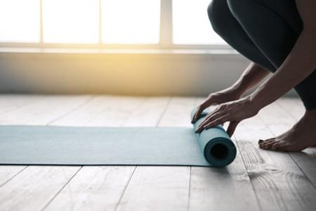 女人平常如何运动丰胸?这3个动作就能练出丰满