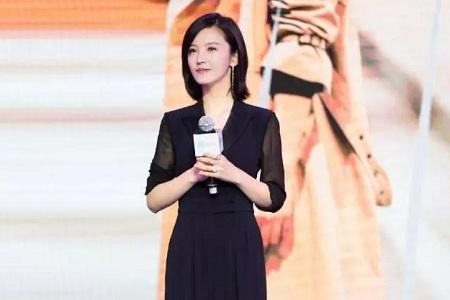 杨子姗波波头短发 居然意外减龄又显时尚