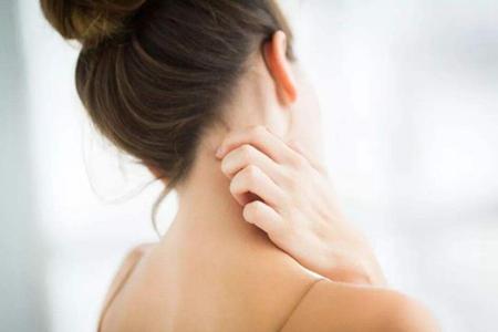 夏季女性皮肤瘙痒原因?夏季要注重防范皮肤瘙痒