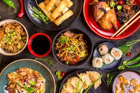 女性减肥期间有聚会?注意聚餐菜式选择就可以