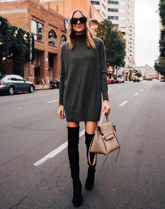 女生在秋冬季节的穿搭中不光要好看 穿靴子需要注意什么(怎么搭配衣服)