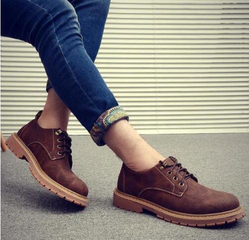 最近几年 男生工装鞋怎么搭配衣服