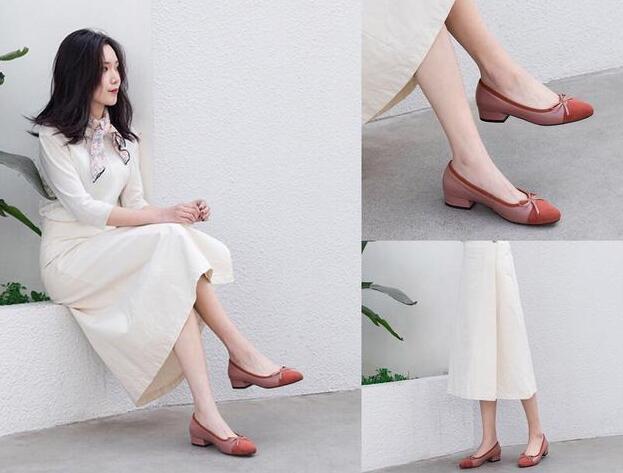 你现在还在穿小白鞋吗?面对闷热的天气 除了小白鞋还有什么鞋子百搭