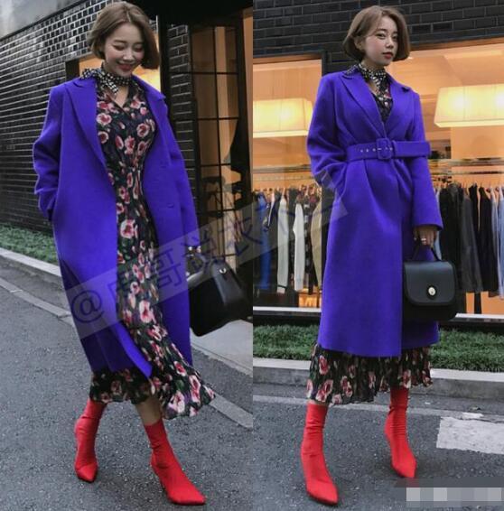 如果说风衣是最能体现女性气质的时尚单品 长款大衣里面怎么搭配好看?