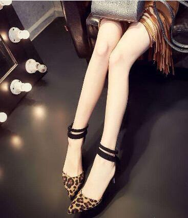 绑带鞋这几年特别流行 绑带鞋怎么绑好看?