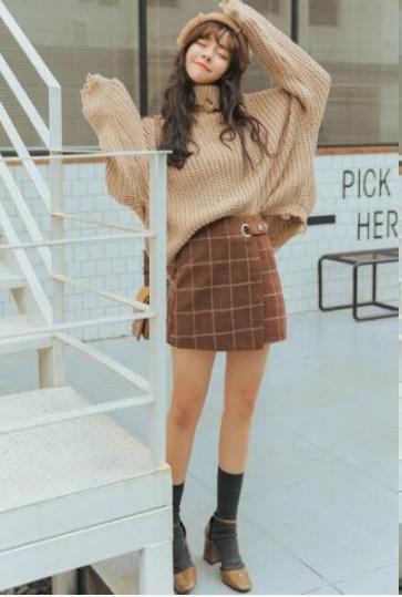 每天穿什么本�砭褪窍膳����^�l的�y�} 冬季毛衣和裙子怎么搭配好看?