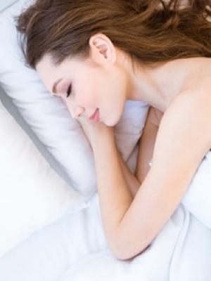 裸睡的好有哪些好处?这5大好处缓解女性失眠情况