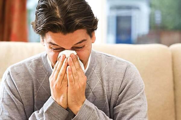 为什么一睡觉就鼻塞 为什么一到晚上就鼻塞?