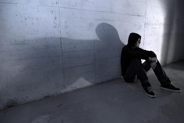 克服小时候心理阴影的办法 小时候留下的心理阴影怎样才能克服