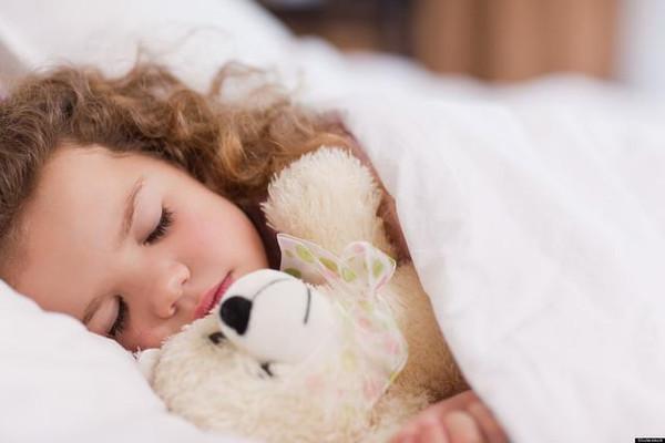 刚出生婴儿用品清单 冬季宝宝出生用品准备清单分享