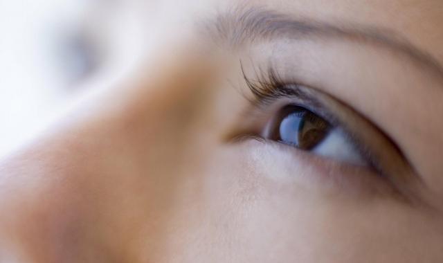 去除黑眼圈有效果的方法 出现黑眼圈该怎么进行调理