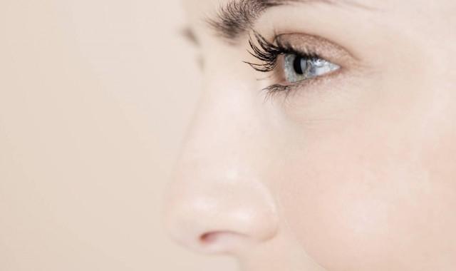鼻头毛孔粗大如何改善 这样做跟毛孔粗大说拜拜