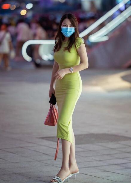 关于这个问题 包臀裙和a字裙哪个更显瘦好看?