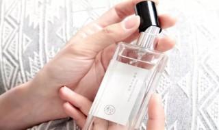 品香水的方法 品香水的方法简述