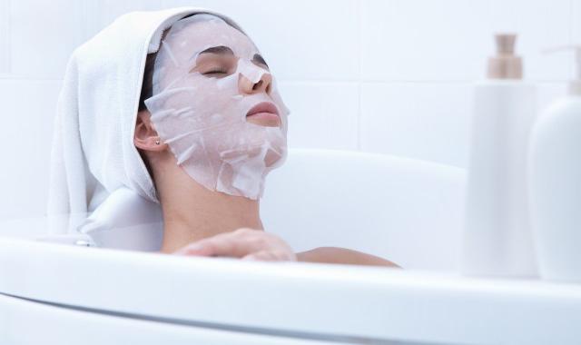 敷完面膜要马上洗脸吗 敷面膜的一些小知识