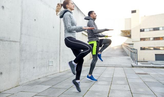 大腿小腿粗怎么减 日常生活中最具效的瘦腿方式