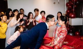 新婚贺词简短精辟句子 新婚祝词简短精炼
