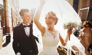 兄弟结婚祝福语 有什么兄弟结婚祝福语